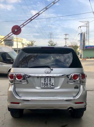 Bán Toyata Fortuner sx 2k14 màu bạc