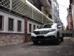 2019-01-17 16:05:35 Cần bán xe Honda Crv 2.4AT 2015 bản full màu trắng 792,000,000