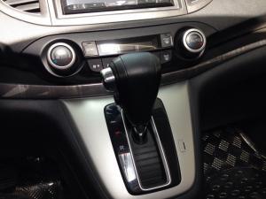 2019-01-17 16:05:35  9  Cần bán xe Honda Crv 2.4AT 2015 bản full màu trắng 792,000,000