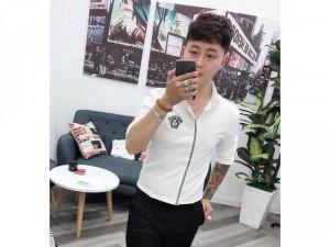 2019-01-17 21:15:41 Áo sơ mi nam Quảng Châu logo sọc đứng 230,000