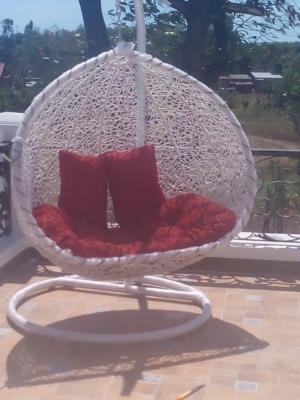 bàn ghế ô dù xích đu mây nhựa giá rẻ tại xưởng sản xuất HGH 193
