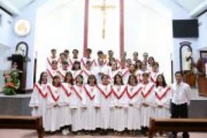 Đồng Phục Ca Đoàn Công Giáo