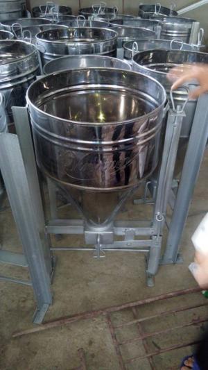 Máng ăn công nghiệp cho lợn ăn tự động INOX siêu bền loại 1 bao 25kg giá rẻ nhất mua ở đâu tại Ninh Bình