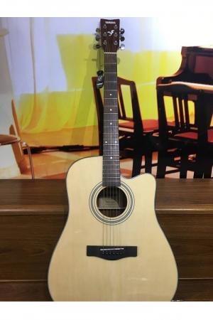 Guitar Yamaha F310