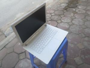 Laptop cũ Acer Aspire v3 371, intel core i3 4005u, ram 4g, vga HD 4400 1.7Gb