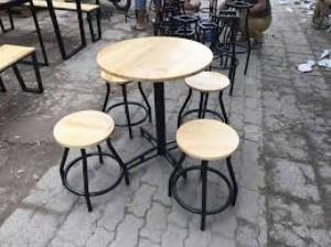Bàn ghế gổ cafe giá rẻ tại xưởng sản xuất HGH 693
