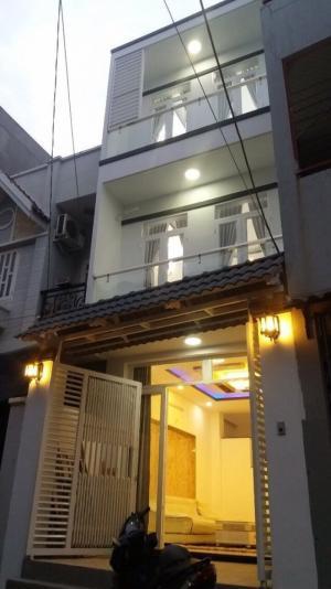 Bán nhà hẻm 1979 Huỳnh Tấn Phát Nhà Bè DT 4m...