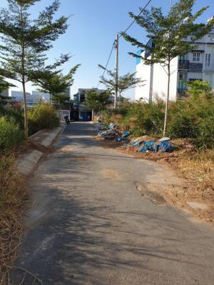 Bán đất đường Đào Tông Nguyên, xã Phú Xuân, Nhà Bè, DT 80m2, 82m2, 83m2, sổ riêng