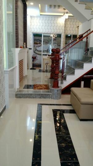 Bán nhà hẻm 80 đường Dương Cát Lợi, Nhà Bè, Tp. HCM. DT 4 x 14m, 2 lầu 4PN, tặng NT