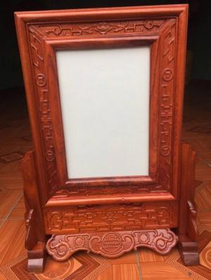 Khung ảnh thờ kép triện gỗ hương đỏ kích thước ảnh thờ 20 x30 cm