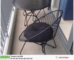 Bộ bàn ghế sắt kỹ nghệ hiện đại