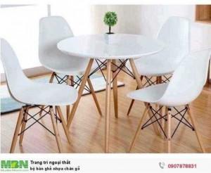 Bộ bàn ghế nhựa chân gỗ