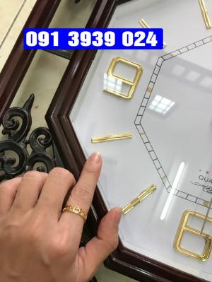 Cung cấp đồng hồ treo tường, đồng hồ treo tường in ấn logo công ty giá rẻ