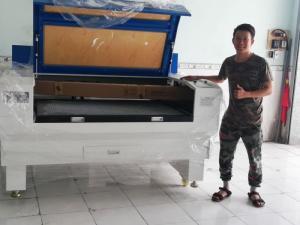 Máy cắt Laser 1390 T /100W nhập khẩu KCZ