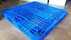 Pallet nhựa KT : 1000*600*100 giá rẻ