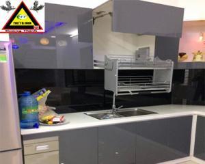 Kệ nâng hạ tủ bếp trên inox nan