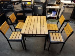 Bàn ghế gổ quán nhậu giá rẻ tại xưởng sản xuất HGH 887