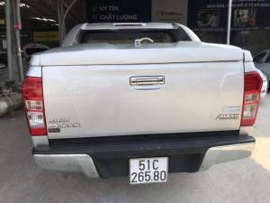 Bán xe bán tải isuzu Dmax LS 3.0MT màu bạc số sàn máy dầu nhập Thái Lan 2013 biển Sài Gòn
