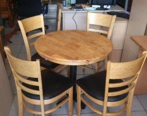 Bàn ghế cafe cabin gỗ cao su thanh lý giá rẻ - tphcm