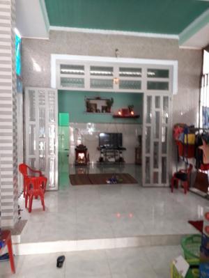 Nhà 10m X 40m  Đường Cây Bài Ấp 6 Xã Phước Vĩnh An Huyện Củ Chi.