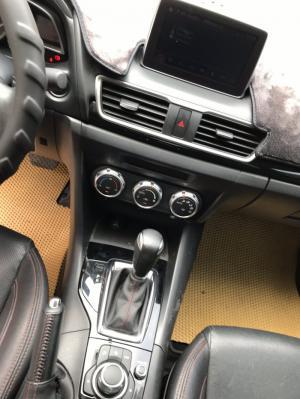 Bán Mazda 3 sedan 1.5AT màu trắng số tự động...