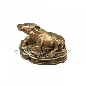 Tượng Đá Trang Trí Trâu Phong Thủy - Màu Nhũ Vàng