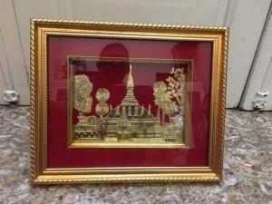 Tranh kiểu khảm bạc tráng vàng Lào, khung kính nền nhung đỏ, khá mới, kích thước 25x30cm