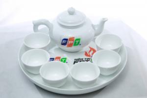 Brandde-Cốc sứ trắng in logo thương hiệu công ty