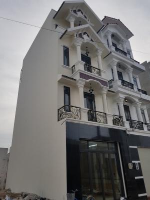 Bán nhà sổ hồng riêng đường 49, phường Hiệp Bình Chánh, Thủ Đức đúc một trệt, ba lầu