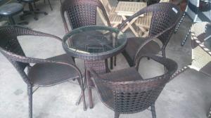 Bàn ghế cafe mây nhựa giá rẻ tại xưởng sản xuất HGH 988