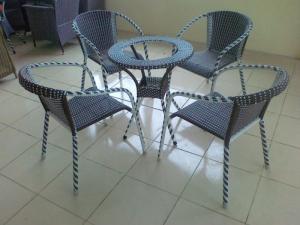 Bàn ghế cafe mây nhựa giá rẻ tại xưởng sản xuất HGH 995
