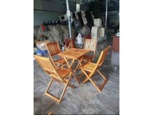 Bàn ghế xếp gỗ cao thanh lý