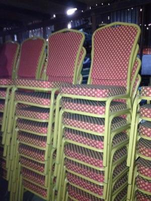 Bàn ghế nhà hàng giá rẻ tại xưởng sản xuất HGH 1014