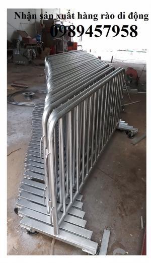 Hàng rào di động sơn phản quang, hàng rào di động inox 304 giá tốt