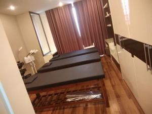 Giường gỗ cho SPA
