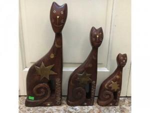 Thiết kế ngộ nghĩnh phù hợp làm quà tặng hay trang trí góc nhà, góc học tập làm việc, bộ gia đình mèo