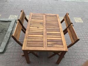 Bộ bàn ghế chân trụ 70x100xH60cm (free ship)