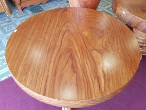 Mặt bàn nguyên tấm dày đến 12cm tại Mỹ Tho