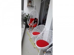 Bộ bàn ghế ban công đan rối nhựa giả mây kết hợp nệm nhiều màu
