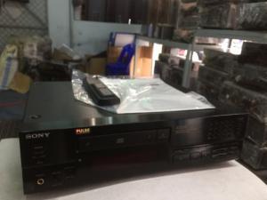 Bán chuyên loa CD Sony 333ES hàng bải từ Nhật