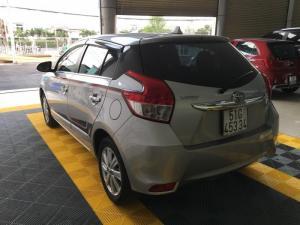 Bán Toyota Yaris E 1.5AT màu bạc số tự động...