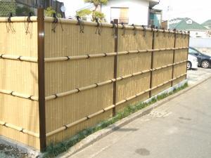 Thi công hàng rào bằng tre, hàng rào trang trí biệt thự