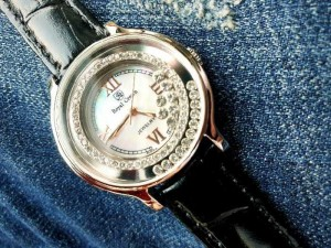 Đồng hồ nữ Royal Crown 3638 dây da đen