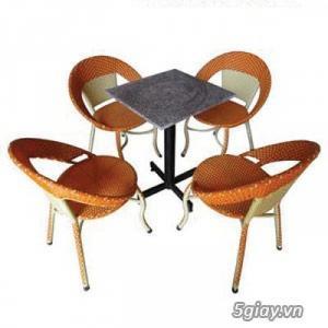 Bàn ghế cafe mây nhựa giá rẻ tại xưởng sản xuất HGH 1121