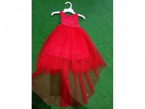 Đầm ren đỏ tùng lưới