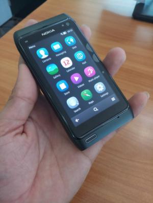 Điện Thoại Nokia N8 Máy Nguyên Bản 100% Gía Chỉ 1,5 tr