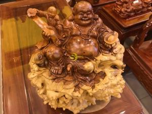 Tượng Phật Di Lặc Gỗ Nu Hương Quý Hiếm