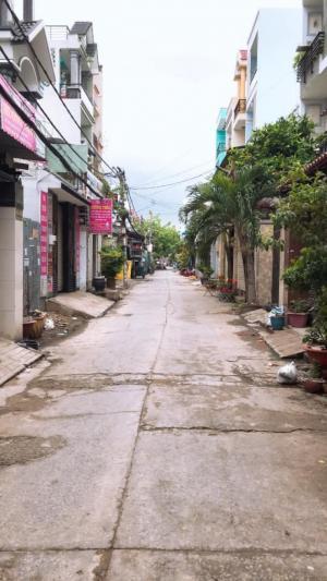 Bán nhà 441/70 đường Lê Văn Quới quận Bình Tân