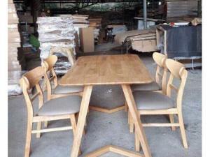 Bàn gỗ dành cho phòng khách phòng ăn