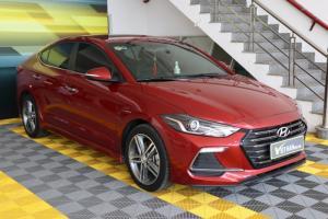 Bán Hyundai Elantra Turbo 1.6AT màu đỏ số tự động sản xuất 2018 biển tỉnh đi 7000km